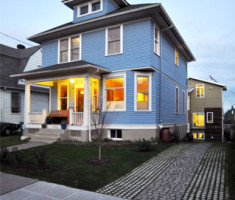 This home, built by b9 architects in Seattle's Central District, achieved the highest Built Green standard. The driveway is entirely pervious, using Drivable Grass® as well as other permeable pavers.
