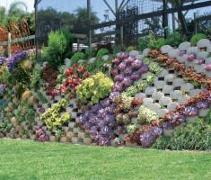 0619130317Nursery4_verdura_garden_wall_opt