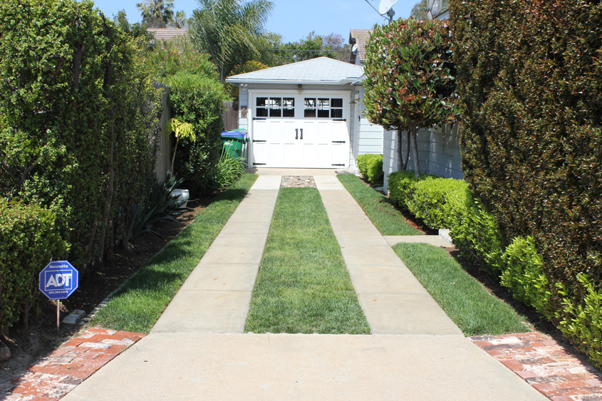 Driveways soil retention driveway paved with permeable pavers drivable grass solutioingenieria Images