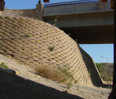 0828120455carbridge_verdura_bridge_wall_opt