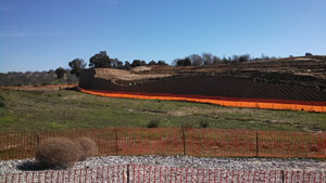verdura_retaining_wall_installed_at_morgan_heights_d_r_horton_opt